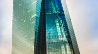Weiterreichung von Kosten möglich Coeuré, der Direktor der EZB-Bank, äußert, dass er das Risiko im Auge habe, dass sich negative Zinsen durchaus auf die Erträge der Banken auswirken könnten. Jedoch […]
